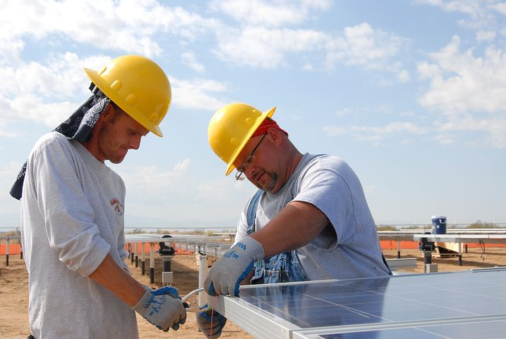 Solar Panel Financing: What Homeowners Need to Know